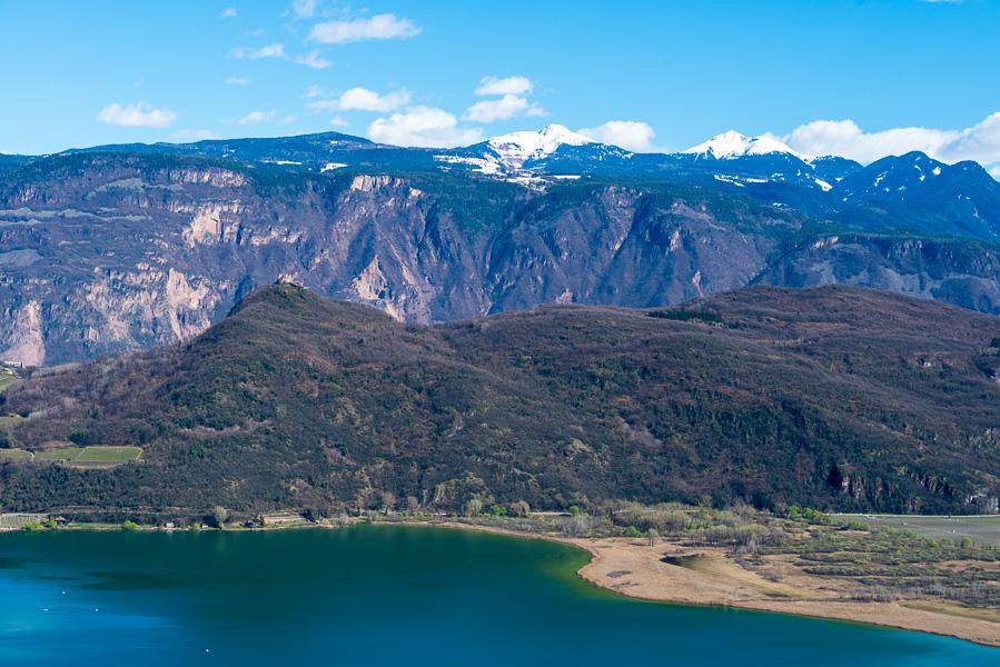 Kalterer See im Süden Südtirols