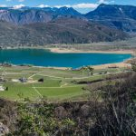 St. Josef und Kalterer See im Süden Südtirols