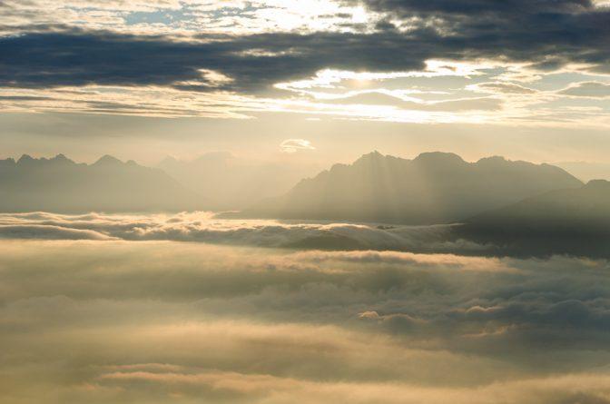 Nebeldecke in den Dolomiten