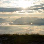 Sonnenaufgang über den Dolomiten