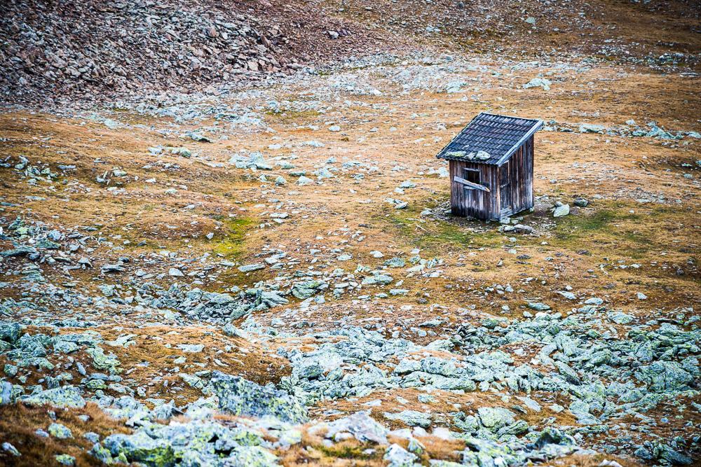 Hütte auf dem Weg zum Latzfonser Kreuz