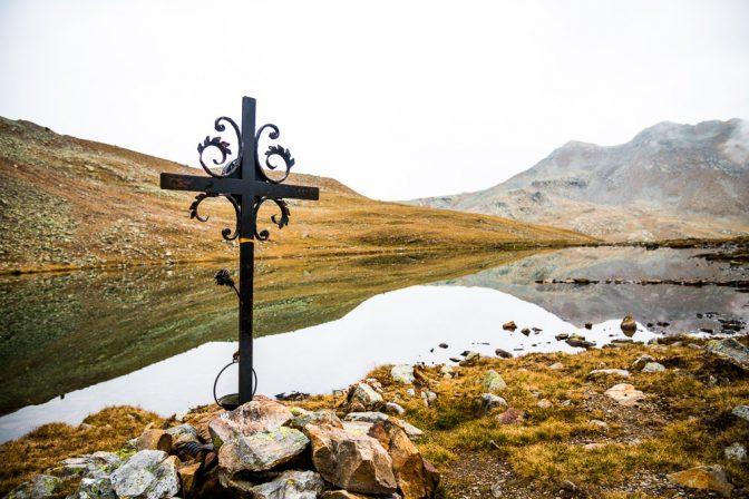 Getrum See mit Kreuz