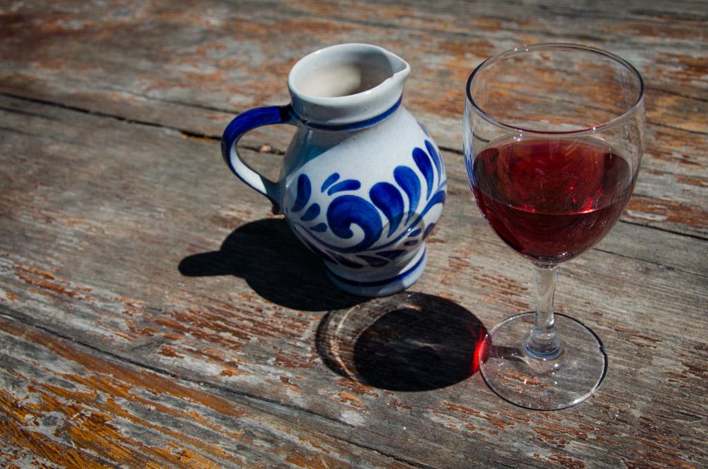Wein mit Krug