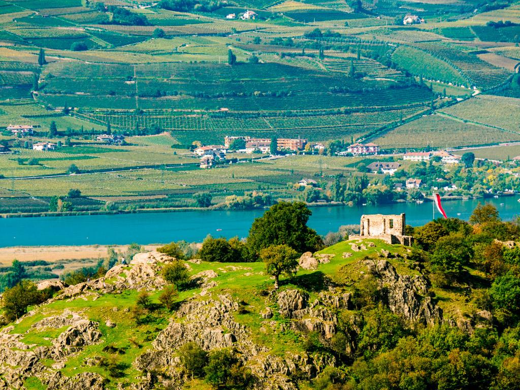 Castelfeder mit Kalterer See