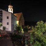 Friedhof mit Kirche in Deutschnofen