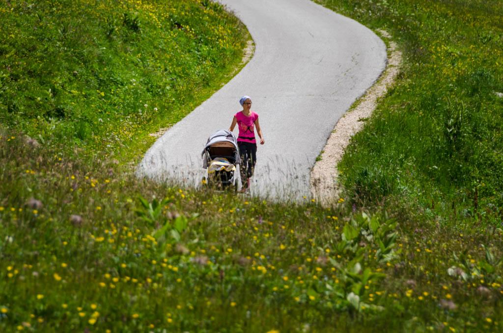 Kinderwagen, spazieren