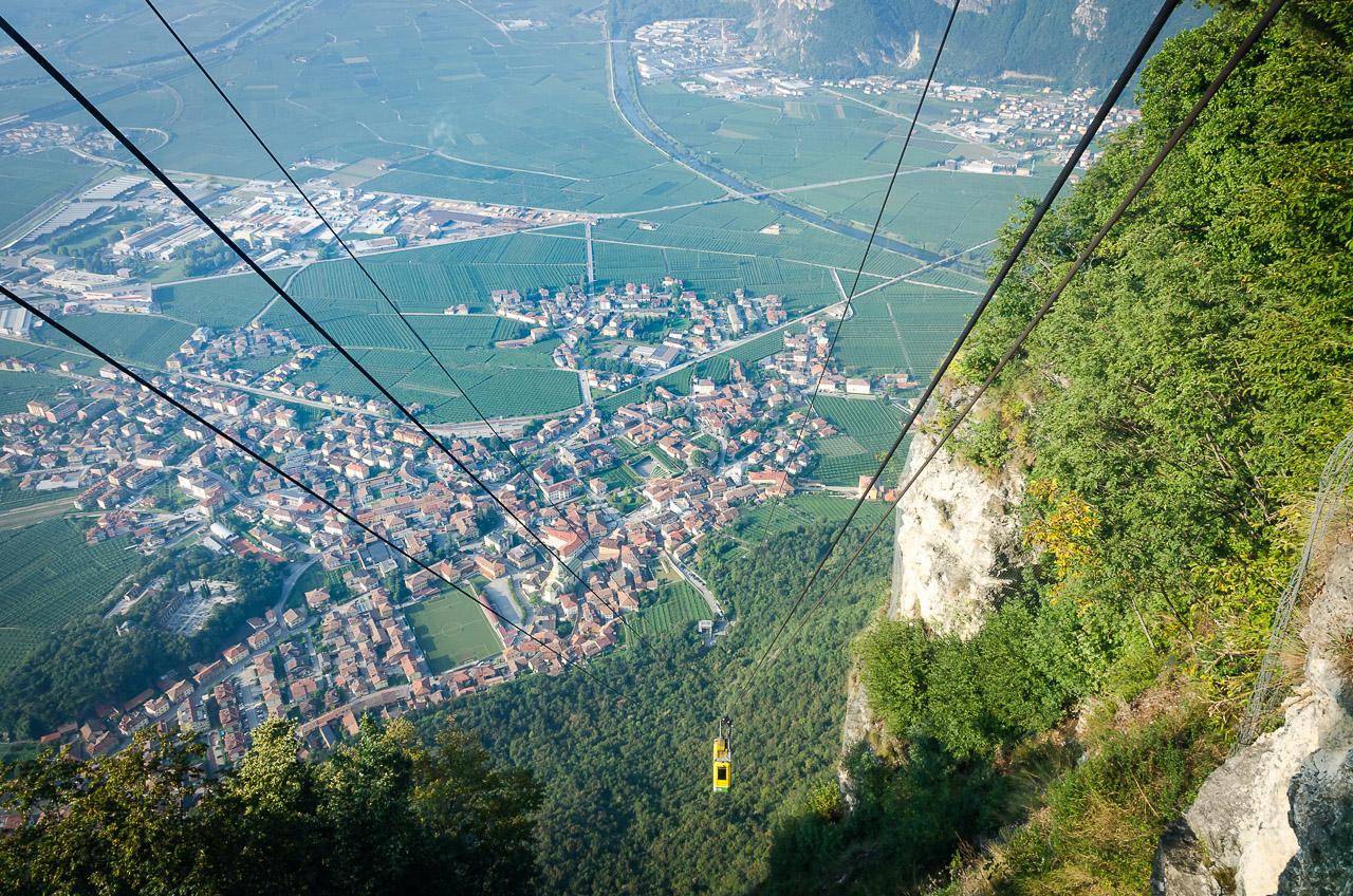 Tiefblick Seilbahn Monte di Mezzocorona