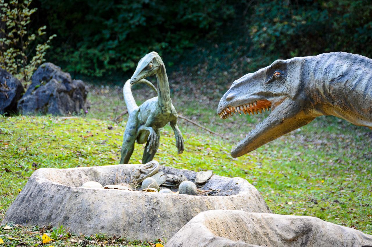 Dinosaurier im Tiergarten Parco Natura Viva