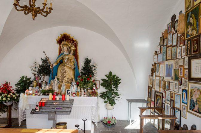 In der Kapelle neben der Wallfahrtskirche Maria Trens