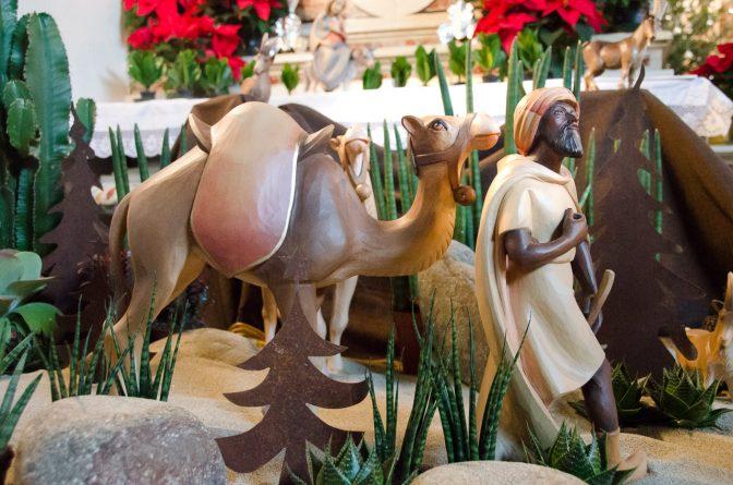 Die Heiligen Drei Könige ziehen zur Krippe in Girlan/Eppan