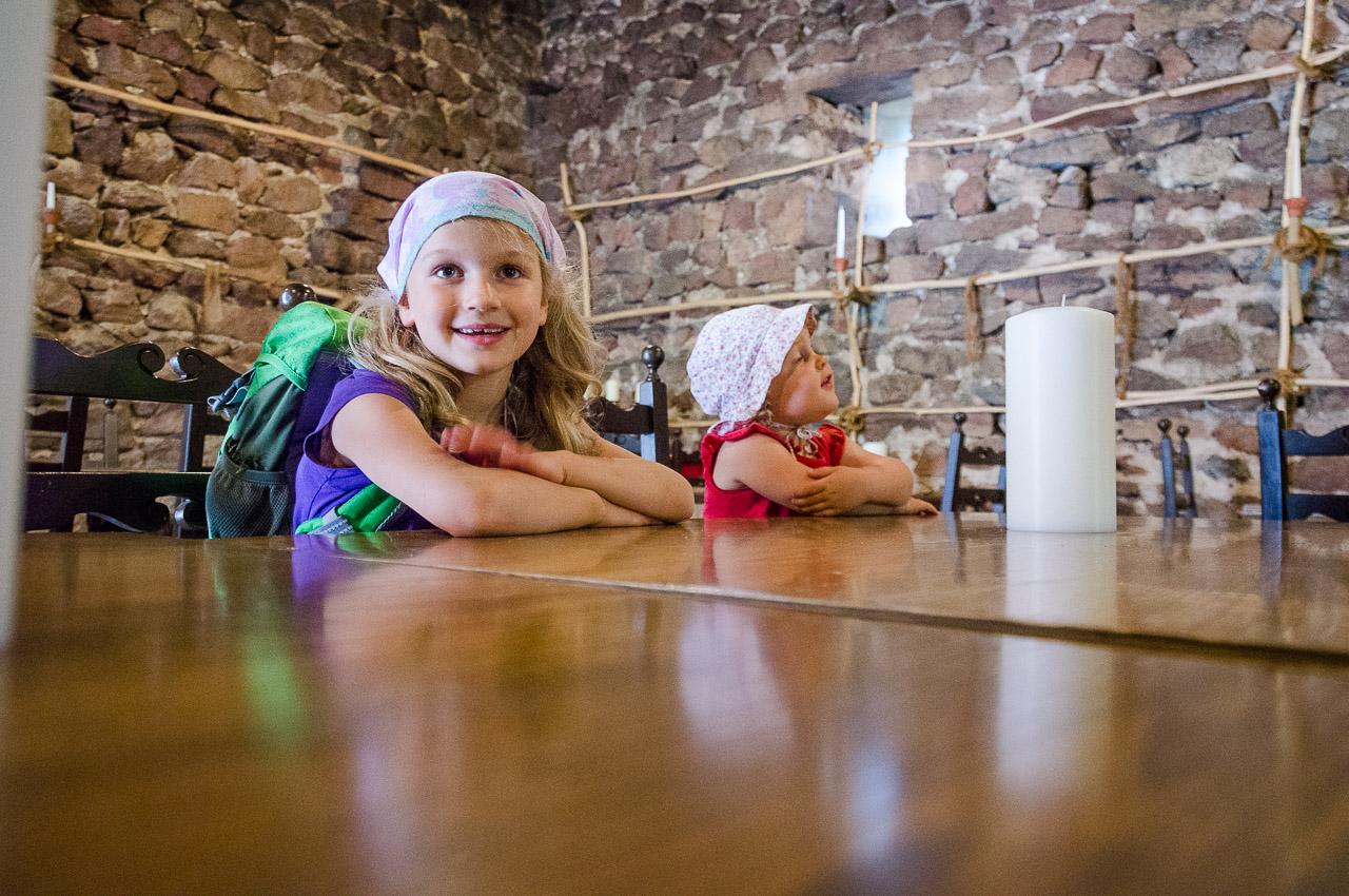 Lisa und Anna in Schloss Boymont