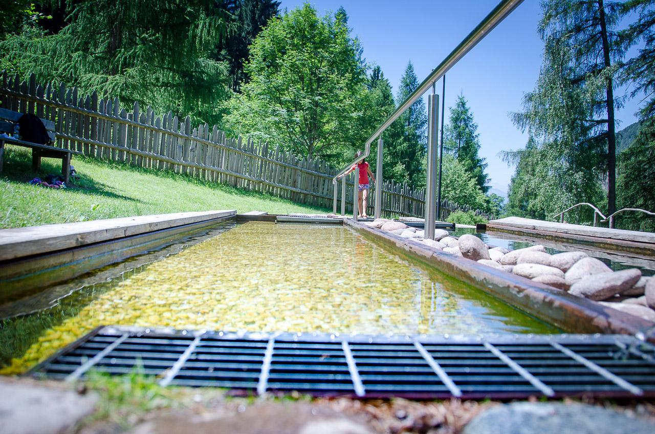 Wassertreten Kneipp Anlage Truden