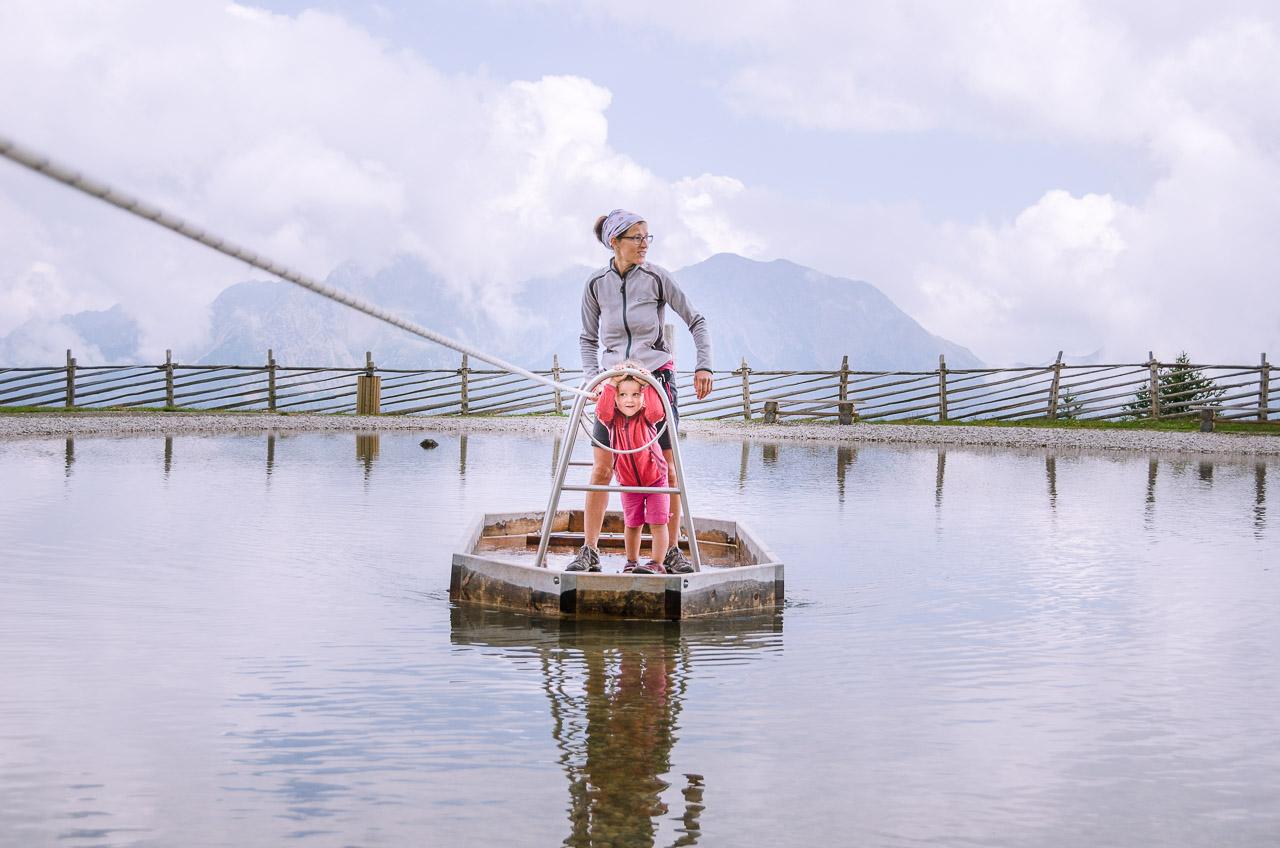 Floßfahrt auf dem Erlebnisteich-Schwemmalm