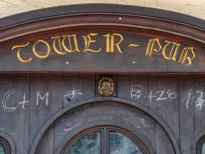 """Der Pub """"Tower Pub"""" in St. Nikolaus / Kaltern"""