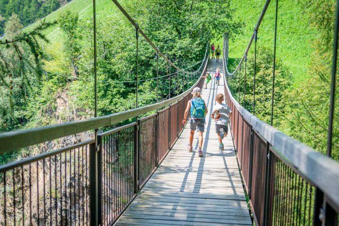Durch Die Tausend Stufen Schlucht Am Meraner Hohenweg Wandern Sudtirol Bis Gardasee Wandertipps Mit Fotos Gps Daten