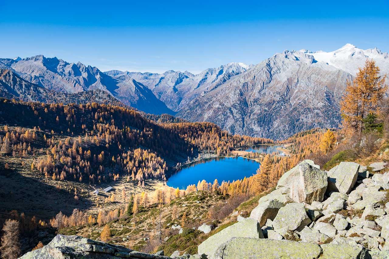 Die Laghi di San Giuliano bestehen aus den beiden Seen Lago di Garzonè und Lago di San Giuliano